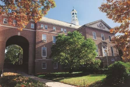 Colleges In Manhattan >> Manhattan College Colleges Of Distinction Profile