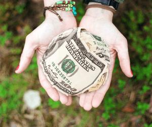 2019 Economics Major Scholarships