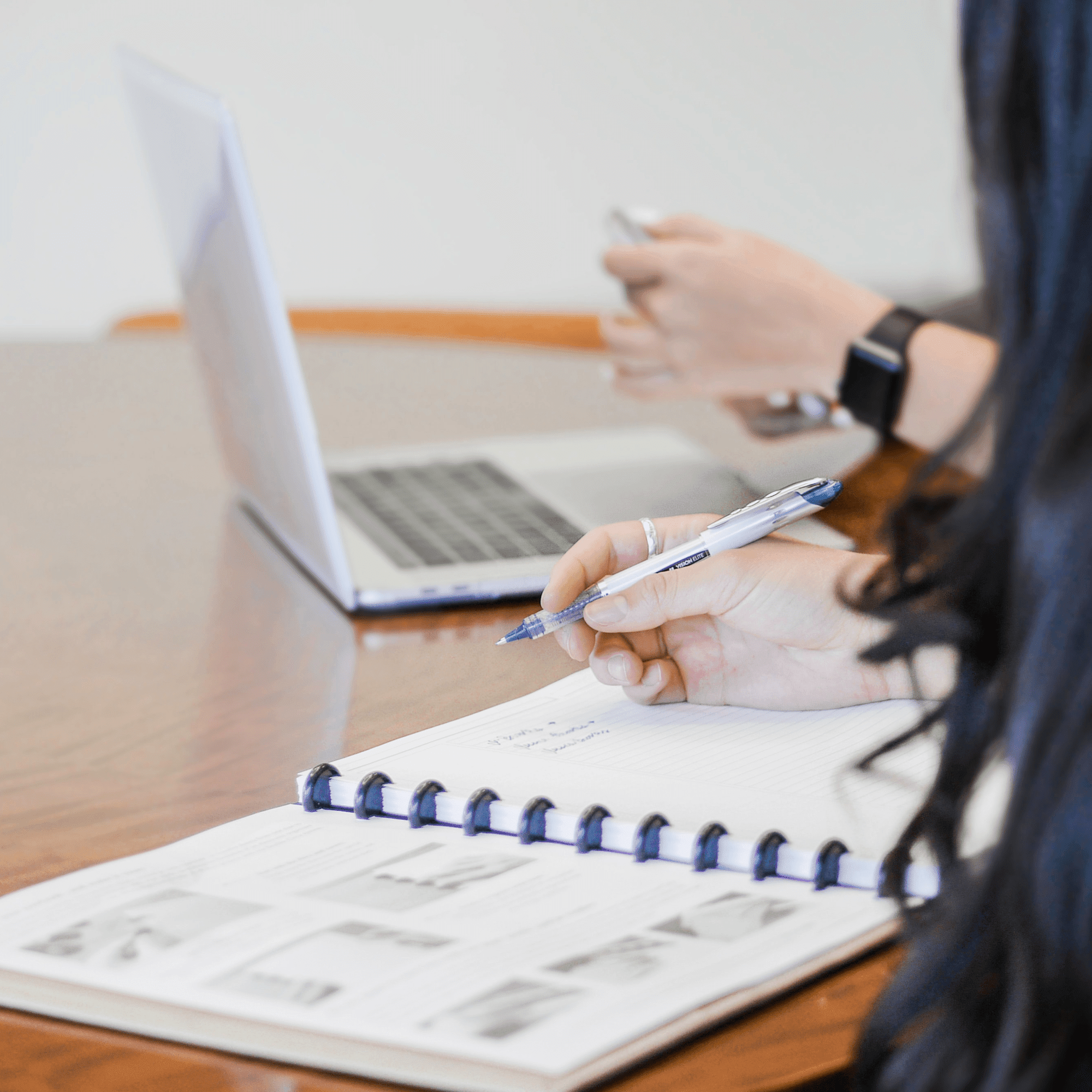 Get Help With Your Class Schedule from An Academic Advisor