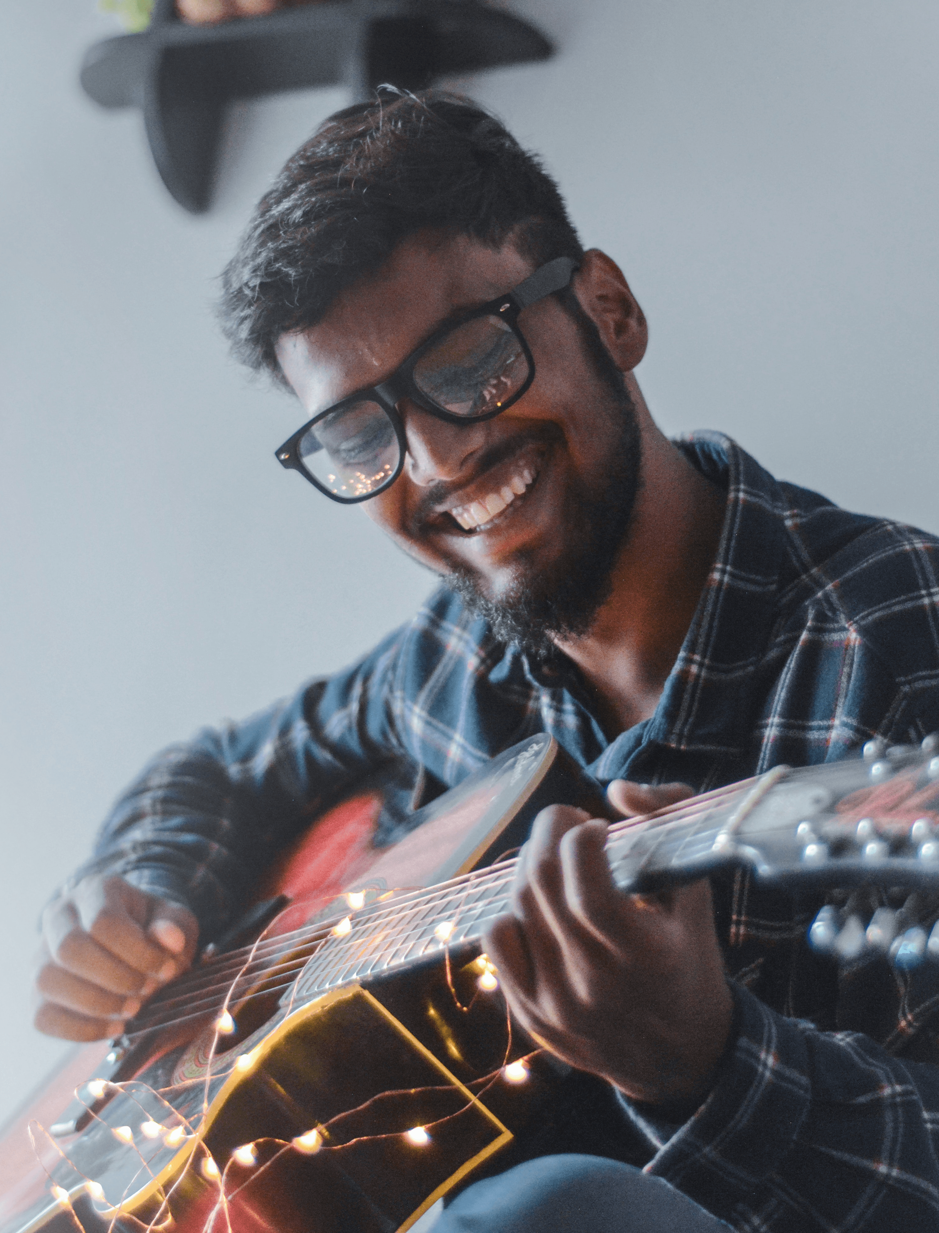 Music/Tune Scholarships for Creative High School Students